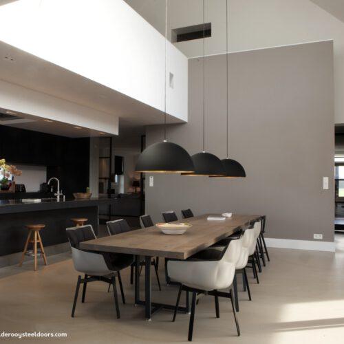 Keuken met stalen taatsdeur Nijmegen