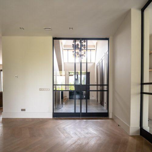 Stalen binnendeuren, lichtdoorlatend