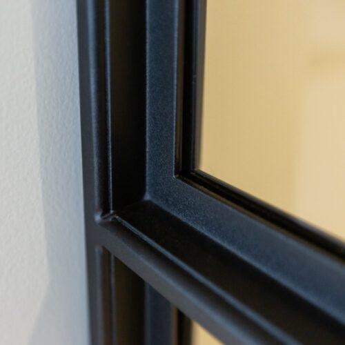 Stalen deur detail