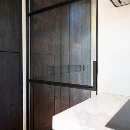 Stalen deur details