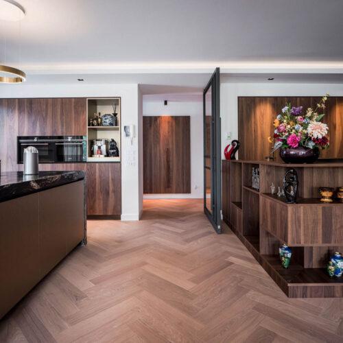 Stalen deur maatwerk in keuken