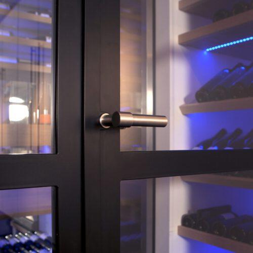 Stalen binnendeuren wijnkelder in Blaricum