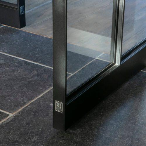 Stalen deuren detail