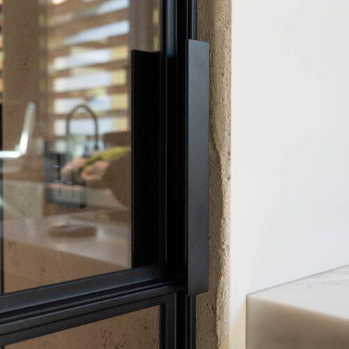 Stalen deuren details