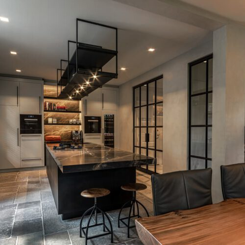 Stalen deuren in keuken