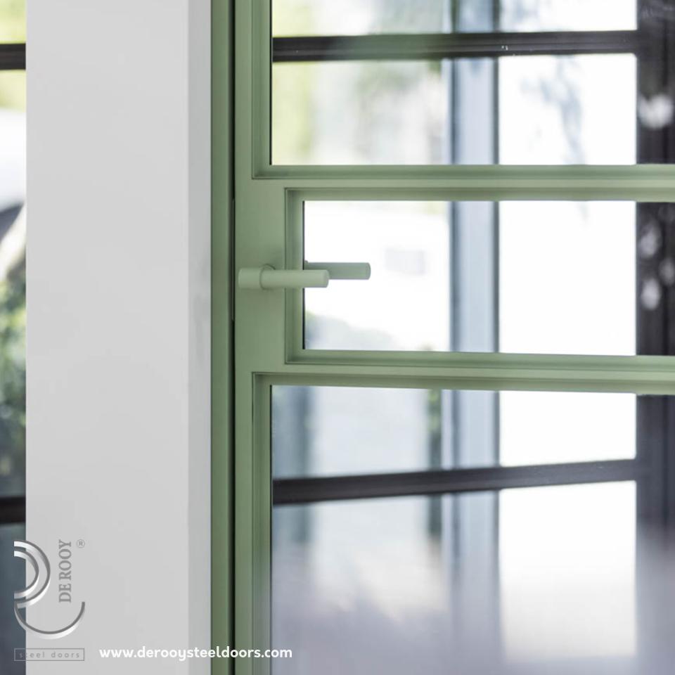 Stalen deuren trends 2021 bijzondere kleuren brons