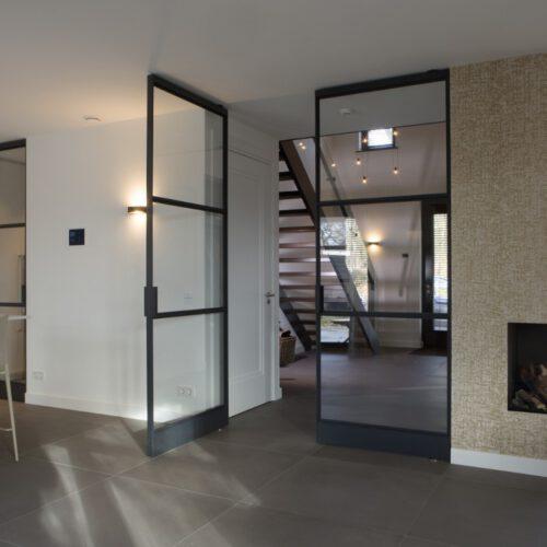 Stalen dubbele binnendeuren in Lunteren