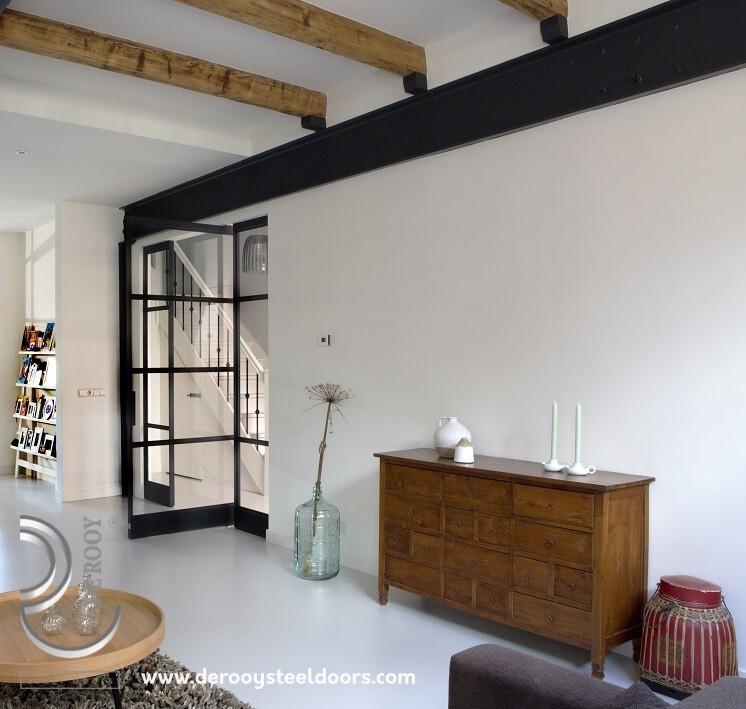 Stalen deuren in Weesp