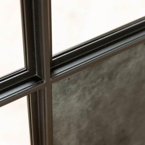 detail profiel deur met leer